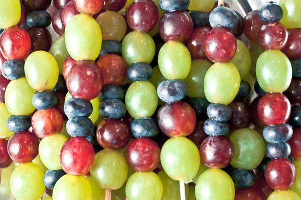 Green Berry Photograph - Grapes by Tom Gowanlock