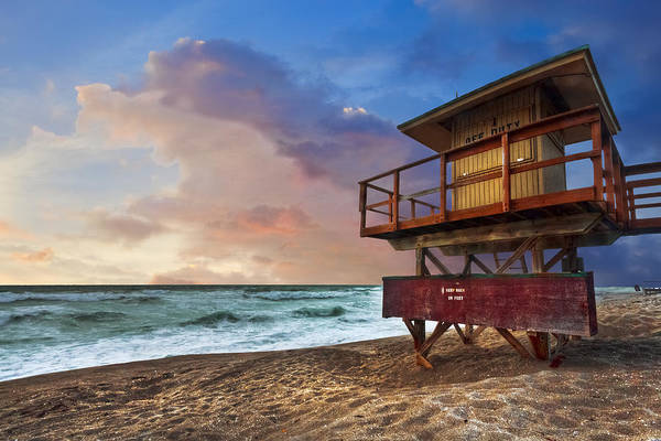 Coast Guard House Photograph - Guarding The Beach by Debra and Dave Vanderlaan