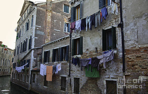 Wall Art - Photograph - Hanging Out To Dry In Venice by Madeline Ellis