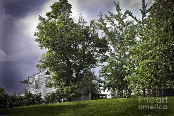 Houses Wall Art - Photograph - House On The Hill 3 by Madeline Ellis