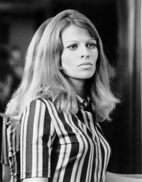 Julie Christie Photograph - In Search Of Gregory, Julie Christie by Everett