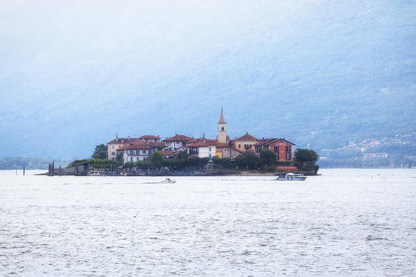 Isola Wall Art - Photograph - Isola Dei Pescatori by Joana Kruse