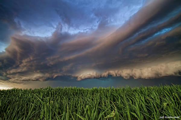 Photograph - It's Coming by Jeff Niederstadt