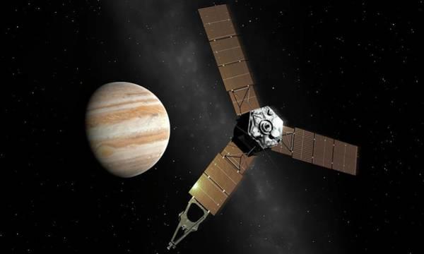Jet Propulsion Laboratory Photograph - Juno At Jupiter by Mark Garlick/science Photo Library