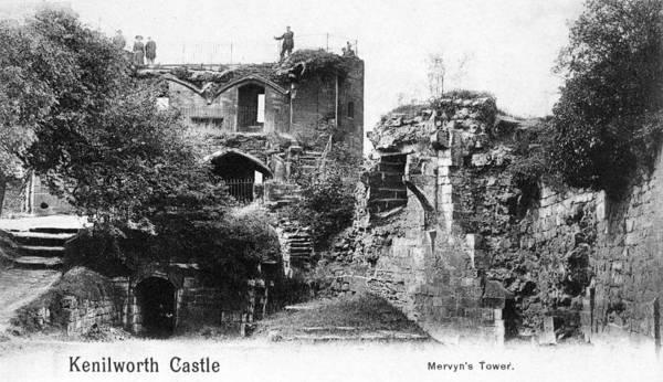 Wall Art - Photograph - Kenilworth Castle by Granger