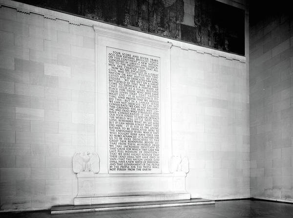 Wall Art - Photograph - Lincoln Memorial, 1991 by Granger
