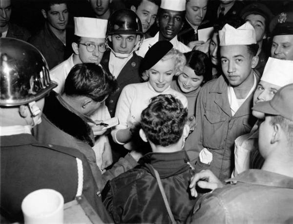 Photograph - Marilyn Monroe In Korea by Underwood Archives