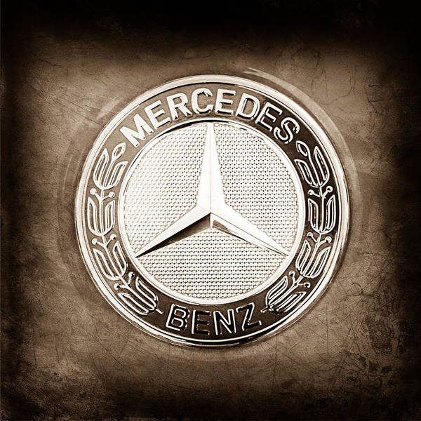 Mercedes Photograph - Mercedes-benz 6.3 Amg Gullwing Emblem by Jill Reger