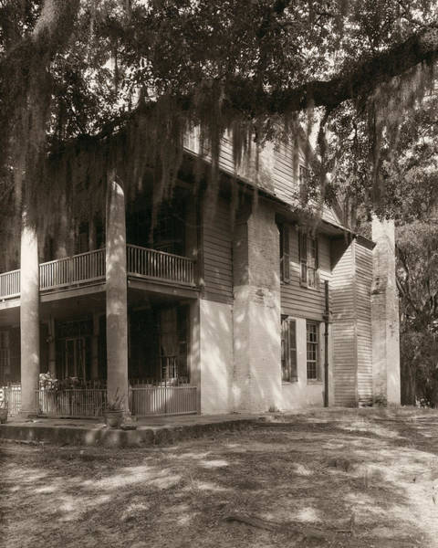 Wall Art - Photograph - Mississippi House, 1938 by Granger