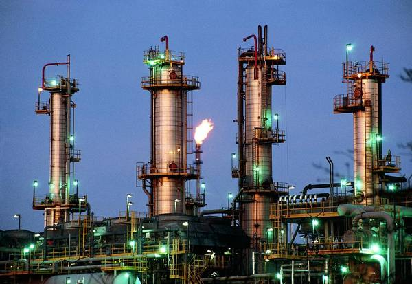 Fossil Fuel Photograph - Oil Refinery. by Martin Bond/science Photo Library.