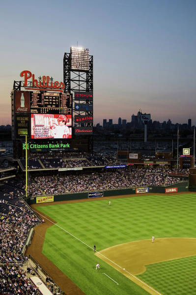Citizens Bank Park Wall Art - Photograph - Panoramic View Of 29,183 Baseball Fans by Panoramic Images