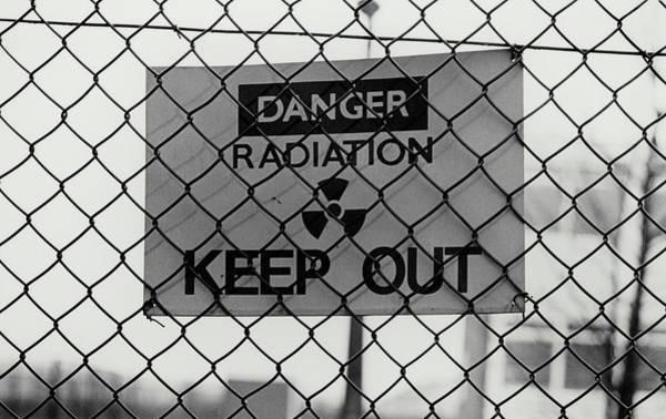Radiation Wall Art - Photograph - Radiation Warning Sign by Martin Bond/science Photo Library.