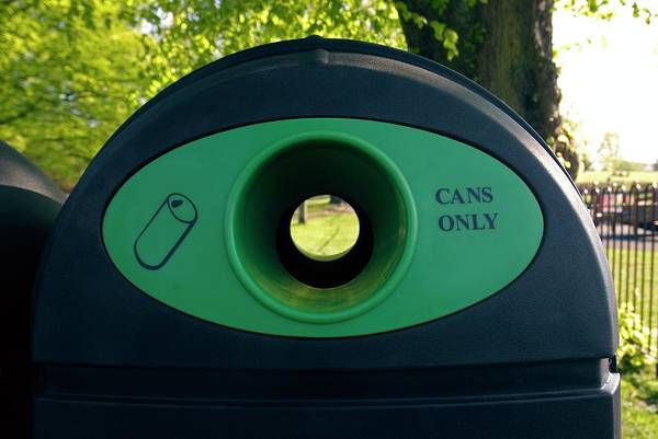 Wall Art - Photograph - Recycling Bin by Simon Fraser/science Photo Library