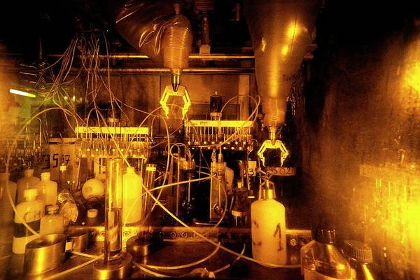 Radioactive Photograph - Remote Handling Of Radioactive Waste by Patrick Landmann/science Photo Library