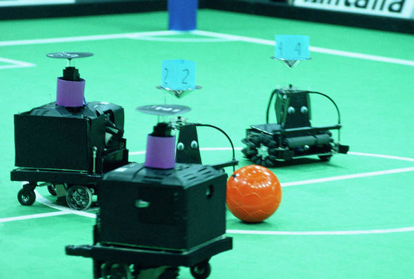Wall Art - Photograph - Robocup 2003 Match by Mauro Fermariello/science Photo Library