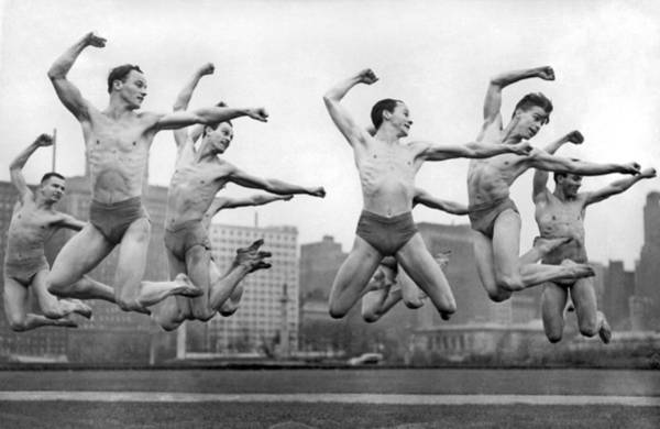Ted Photograph - Rooftop Dancers In New York by Underwood Archives