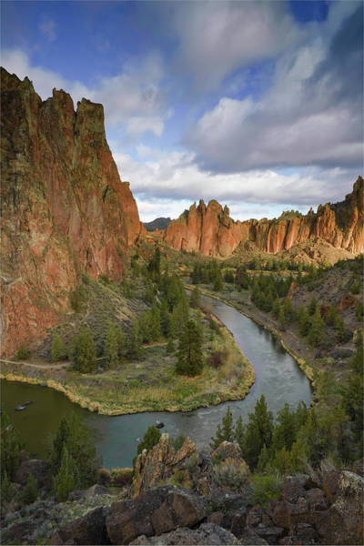 Crooked River Photograph - Smith Rock State Park, Oregon by Rich Wheater