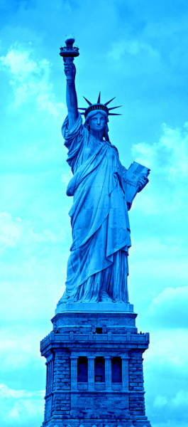 Statue Of Liberty National Monument Wall Art - Photograph - Spectrum Of Liberty No 5 by Stephen Stookey