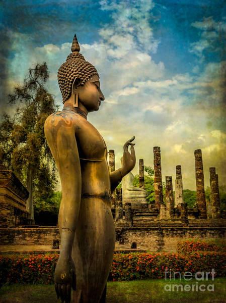 Buddha Statue Photograph - Sukhothai Buddha by Adrian Evans