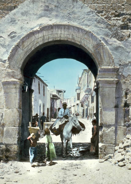 Damascus Photograph - Syria Damascus, C1950 by Granger