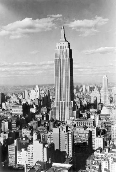City Scape Photograph - The Empire State Building by Underwood Archives