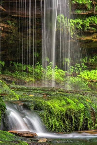 Ie Wall Art - Photograph - Usa, Pennsylvania, Benton by Jaynes Gallery