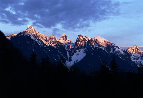 Alpenglow Photograph - Usa, Washington State, Mount by Paul Souders