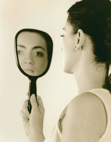 Examine Photograph - Vanity by Cristina Pedrazzini/science Photo Library