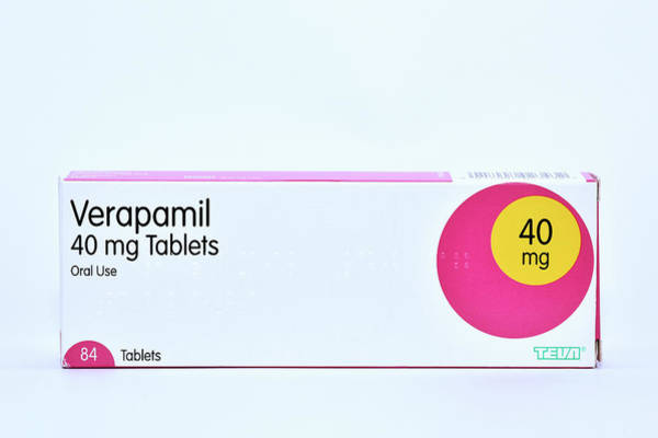 Cutout Wall Art - Photograph - Verapamil High Blood Pressure Drug by Dr P. Marazzi/science Photo Library