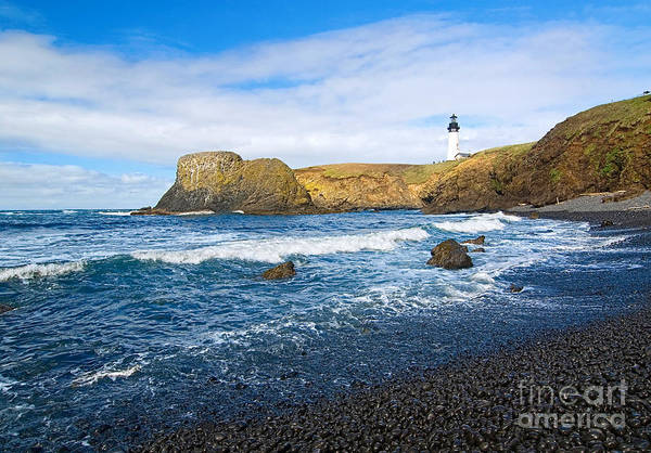 Fresnel Lens Wall Art - Photograph - Yaquina Lighthouse On Top Of Rocky Beach by Jamie Pham