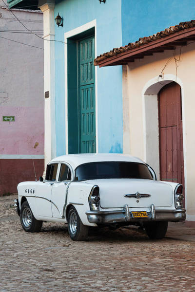 Cuba Wall Art - Photograph - Cuba, Sancti Spiritus Province by Walter Bibikow