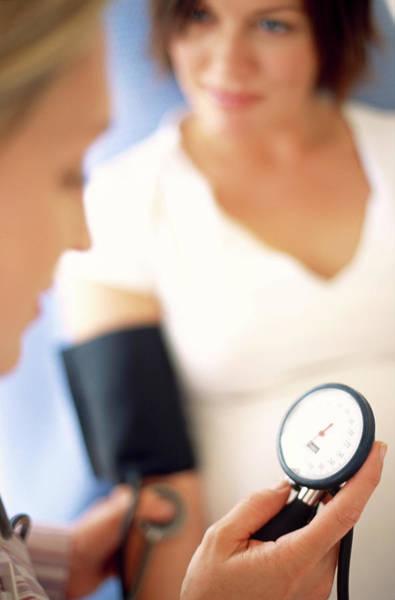 Pregnant Photograph - Obstetric Examination by Ian Hooton/science Photo Library