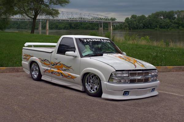 Photograph - 2000 Chevrolet S10 Custom Pickup Truck by Tim McCullough