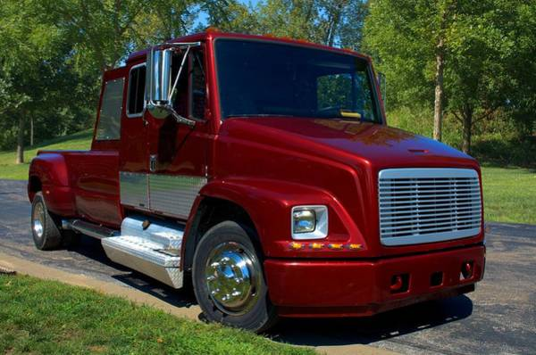 Photograph - 2002 Freightliner Fl60 Custom Pickup by Tim McCullough
