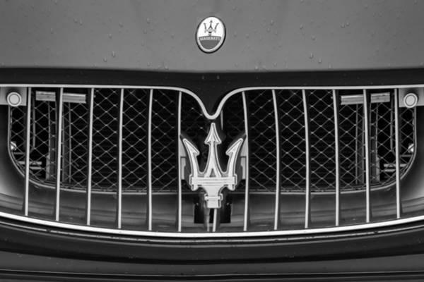 Photograph - 2010 Maserati Grille Emblem -0550bw by Jill Reger