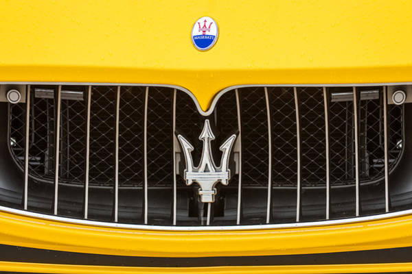 Photograph - 2010 Maserati Grille Emblem -0550c by Jill Reger