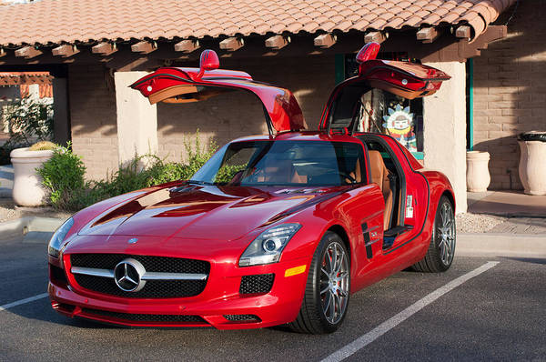 Mercedes Photograph - 2012 Mercedes-benz Sls Gullwing by Jill Reger
