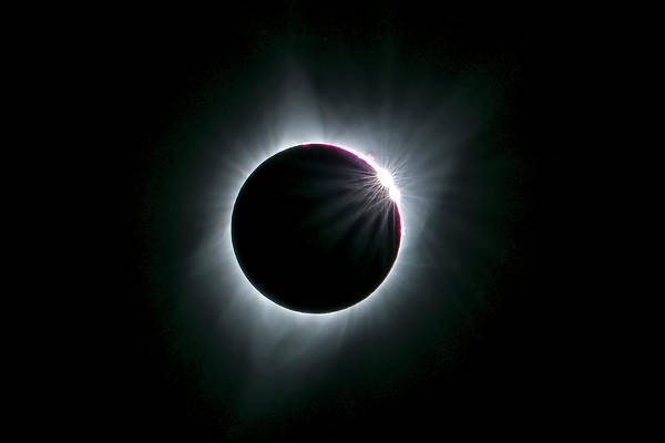 Wall Art - Photograph - 2017 Total Solar Eclipse by Hua Zhu