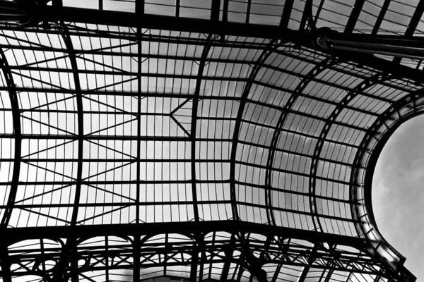 Hays Galleria Wall Art - Photograph - Hay's Galleria London by David Pyatt