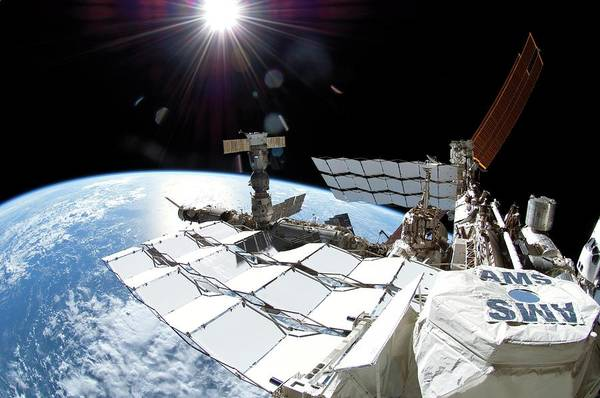 Alpha Particle Photograph - International Space Station by Nasa/science Photo Library