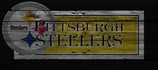 Iphone 4s Wall Art - Photograph - Pittsburgh Steelers by Joe Hamilton