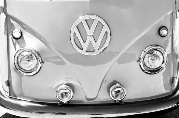 Volkswagen Photograph - 1959 Volkswagen Vw Panel Delivery Van Emblem by Jill Reger
