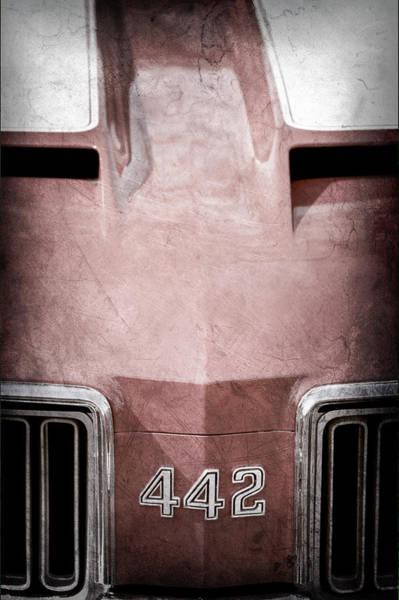Oldsmobile 442 Wall Art - Photograph - 1970 Oldsmobile 442 Hood Emblem by Jill Reger