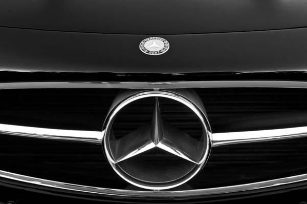 Mercedes-benz 300 Sl Wall Art - Photograph - 300 Mercedes-benz Sl Roadster Hood Emblem by Jill Reger
