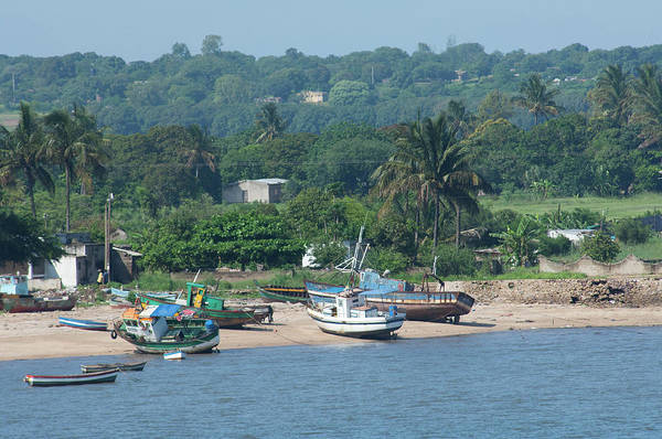 Oceanfront Photograph - Africa, Mozambique, Maputo by Cindy Miller Hopkins