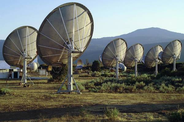 Satellite Receiver Photograph - Allen Telescope Array by Dr Seth Shostak/science Photo Library