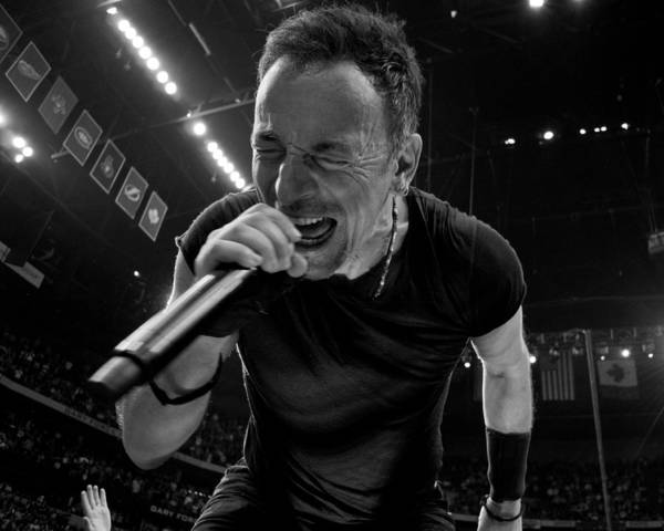 Nashville Photograph - Bruce Springsteen by Jeff Ross