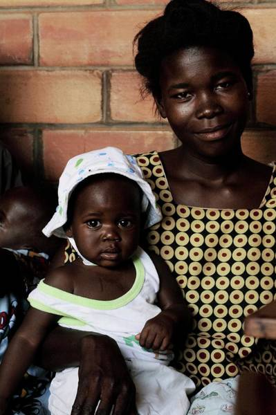 Uganda Wall Art - Photograph - Child Healthcare by Mauro Fermariello/science Photo Library
