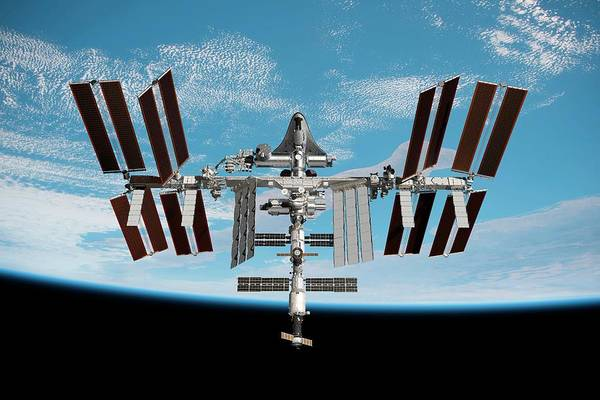 Wall Art - Photograph - Cruise Shuttle Docked With The Iss by Nasa/walter Myers/science Photo Library