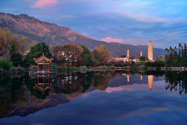 Photograph - Dali Pagoda by Songquan Deng